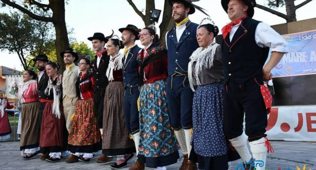 gruppo folk